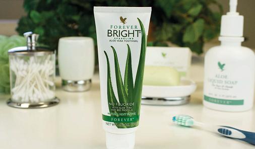 معجون اسنان من فور ايفر أو فورايفر والشهير فوريفر برايت bright tooth gel - توث برايت - أو toothgel مبيض الاسنان توث بخلاصة نبات صبار -ألوفيرا - ومواد طبيعيى ويحتوي على تركيبة العسل من النحل ولا يحتوي على المبيضات أو المواد الصناعية